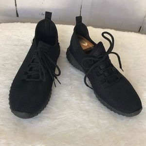 Taxi black sneakers